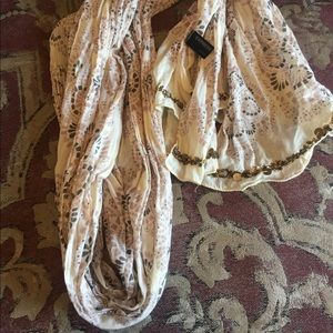 Express Lightweight Scarf with Sequins